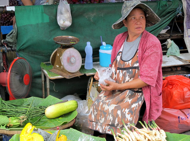 Vendor at Warorot Market, Chiang Mai