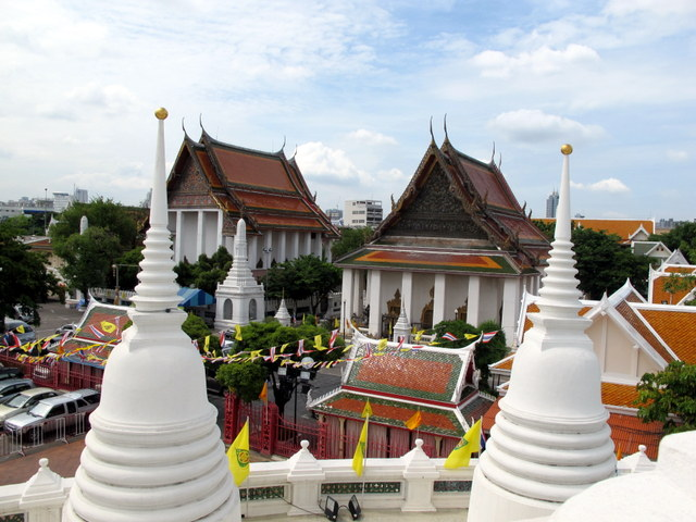Temples as seen from the Chedi at Wat Prayoong