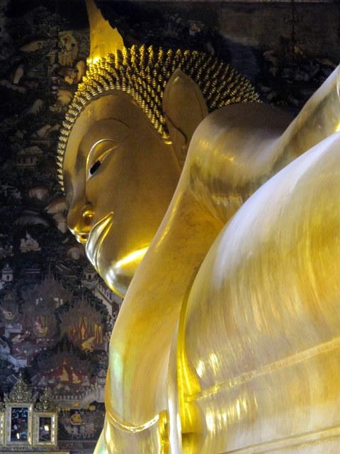 Reclining Buddha at Bangkok's Wat Po