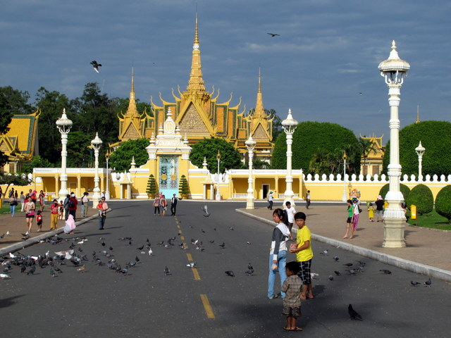 In front of the Royal Palace... Phnom Penh, Cambodia