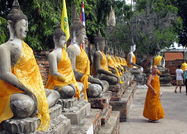 Draped Buddha's at Wat Yai Chaimongkhon, Ayutthaya