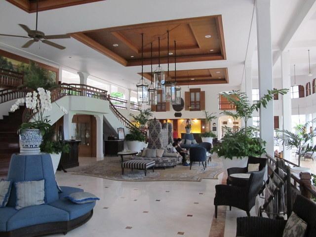 The lobby of the Railway Hotel