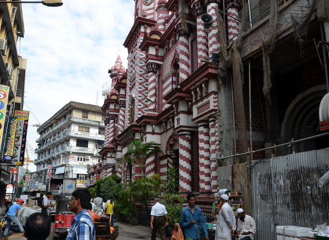 Beautiful old mosque in the Pettah neighborhood of Colombo