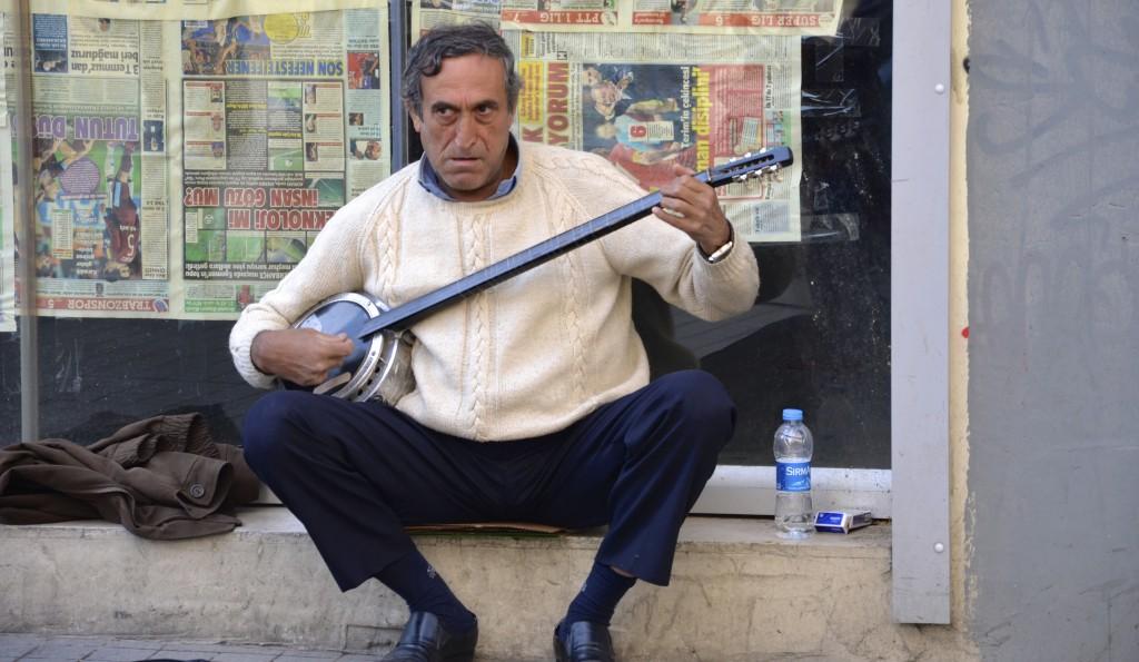 In Istanbul playing the  Kabak Kemane