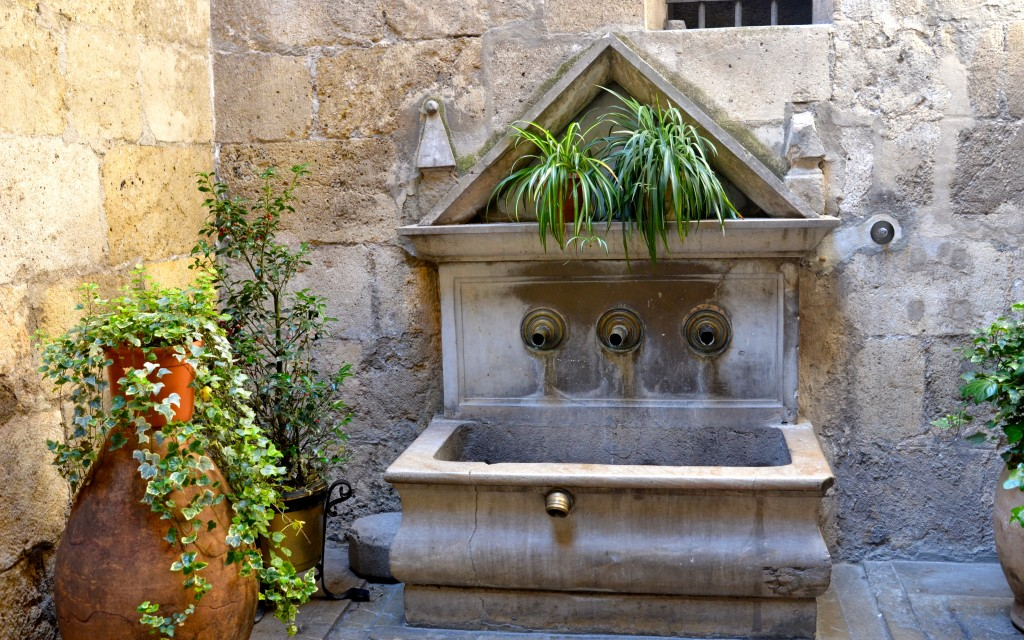 Ancient fountains tucked away in Granada