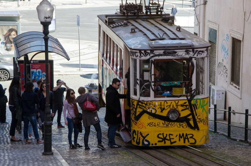 I say Lisbon...You say Lisbao
