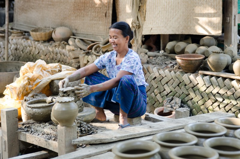 Throwing pots in Yandabo, Myanmar